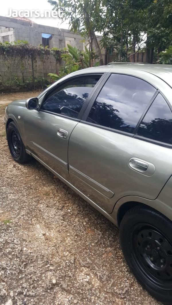 Nissan Sylphy 2,0L 2001-5