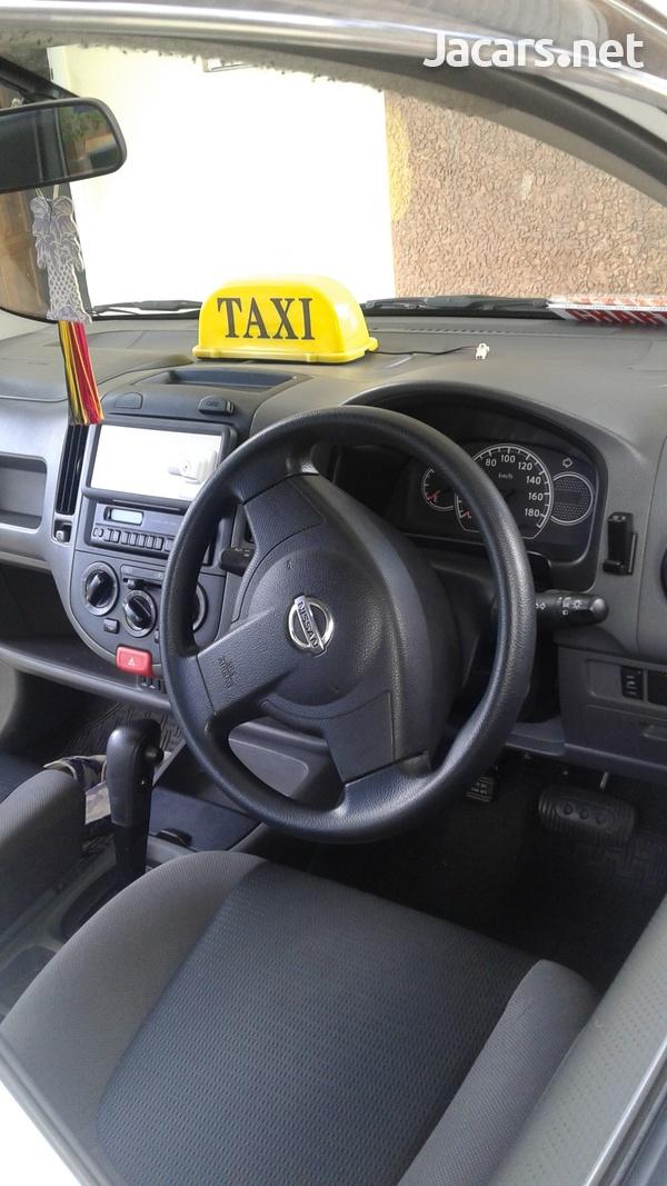 Nissan AD Wagon 5,0L 2013-5
