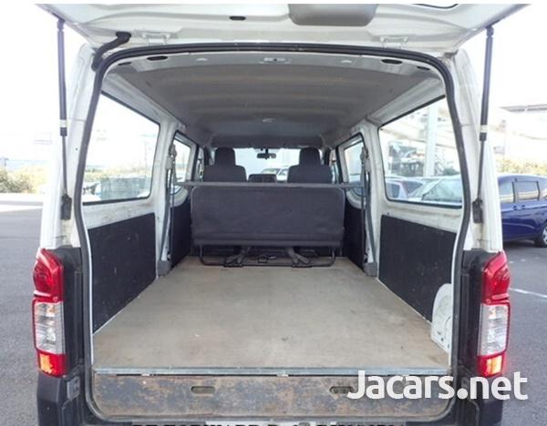 Nissan Caravan 2,0L 2015-10