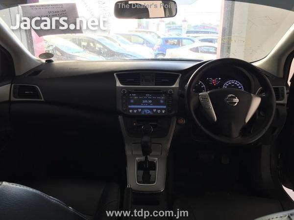 Nissan Sylphy 1,6L 2015-5