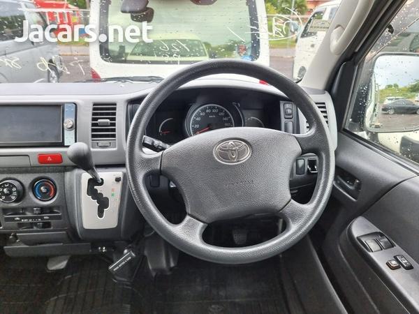 Toyota Hiace 2,0L 2011-10