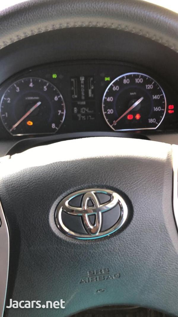 Toyota Premio 2,0L 2014-5