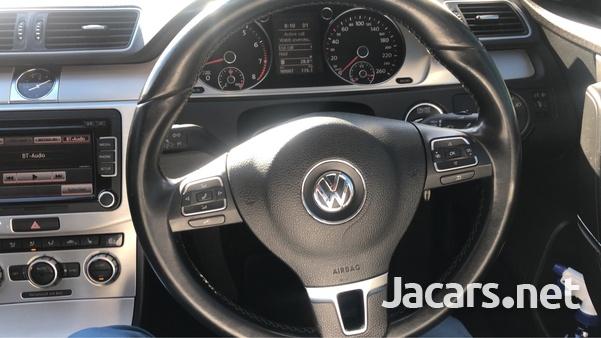 Volkswagen Passat 2,0L 2014-1