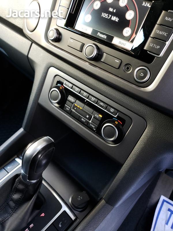 VW AMAROK diesel engine low mileage-3