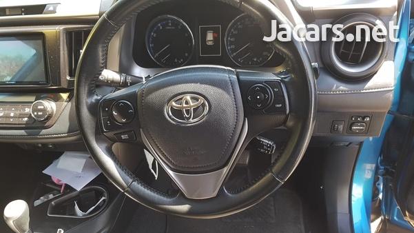 Toyota RAV4 2,0L 2019-9