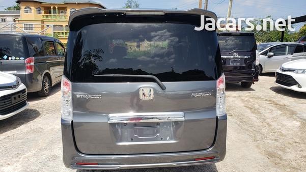 Honda Step wagon 2,0L 2012-5