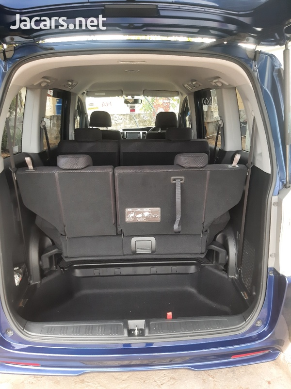 Honda Step wagon 2,0L 2012-4