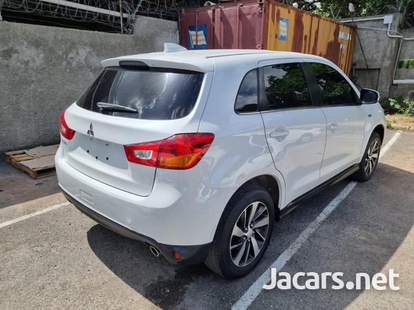 Mitsubishi RVR 2,0L 2017-8