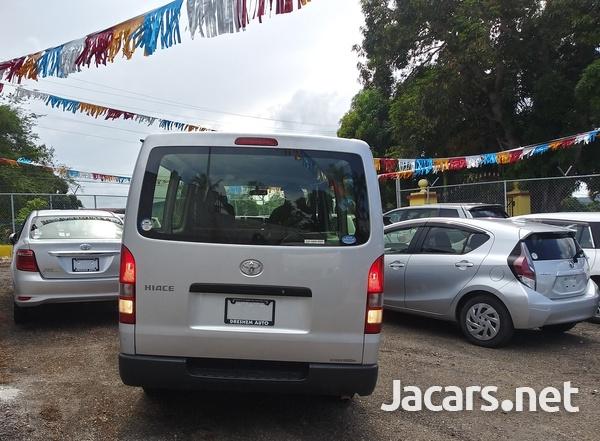 Toyota Hiace 2,0L 2017-13