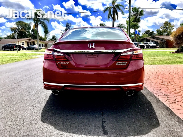 Honda Accord 2,4L 2017-3