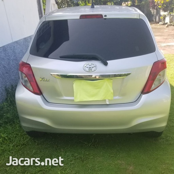 Toyota Vitz 1,3L 2012-13