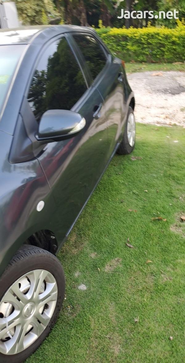 Mazda Demio 1,5L 2013-4