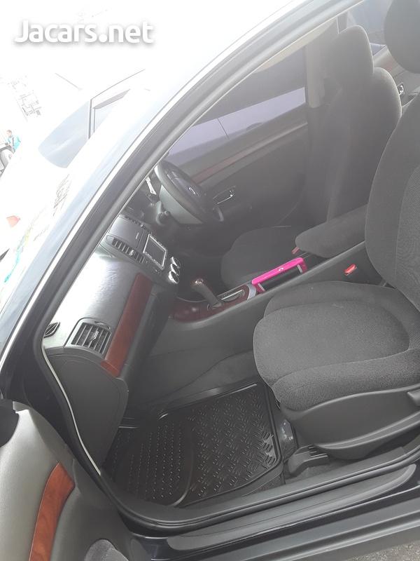 Nissan Bluebird 2,0L 2009-5