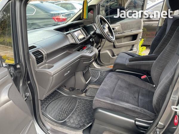 Honda Step wagon 2,0L 2010-10