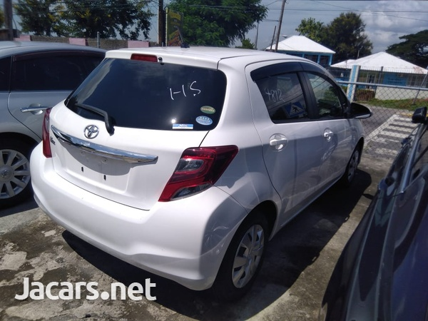 Toyota Vitz 1,5L 2016-4
