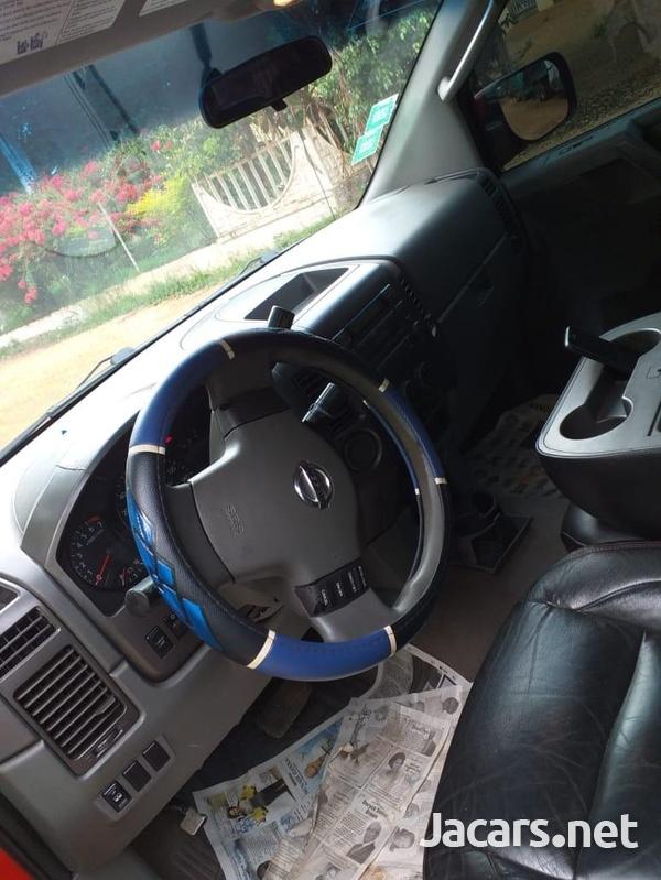 Nissan Titan 5,6L 2007-4