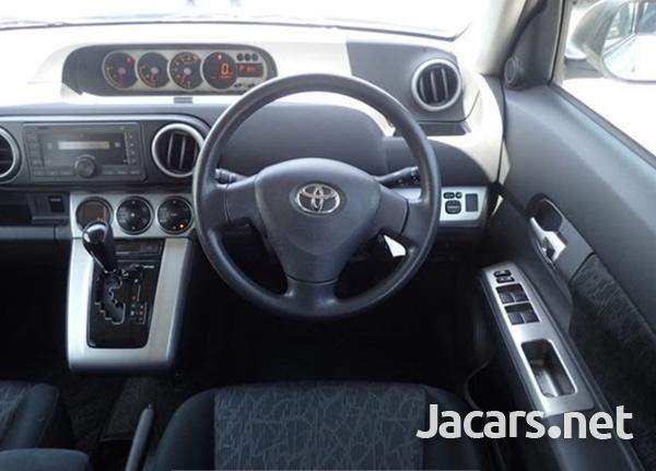 Toyota Spacio 1,8L 2014-4