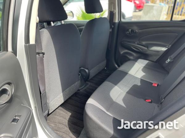 Nissan Latio 1,2L 2015-9