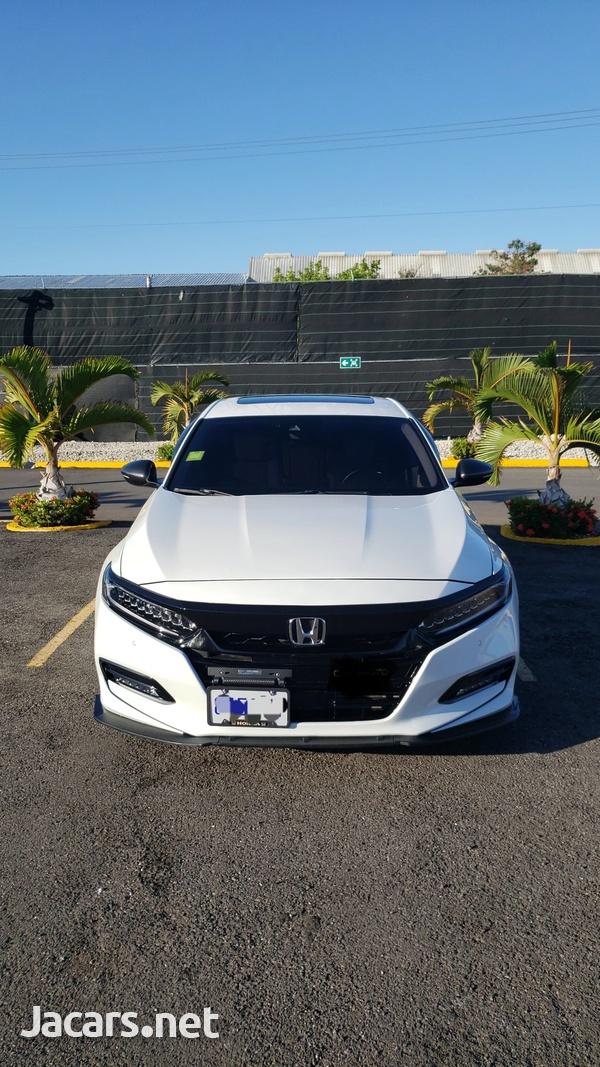 Honda Accord 2,0L 2019-2