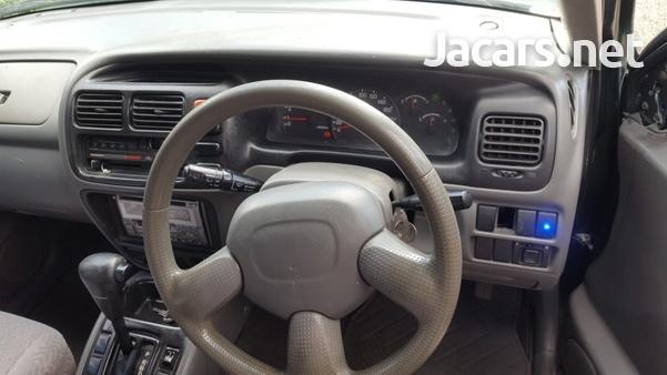 Suzuki Grand Vitara 1,8L 2002-7