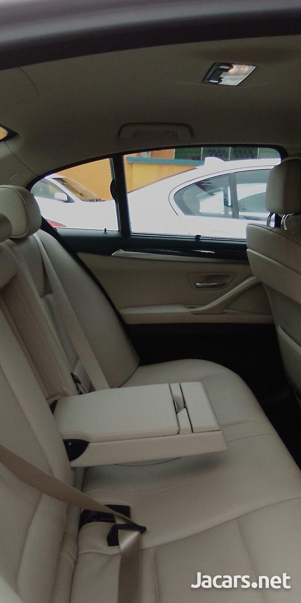 BMW 5-Series 3,0L 2011-2