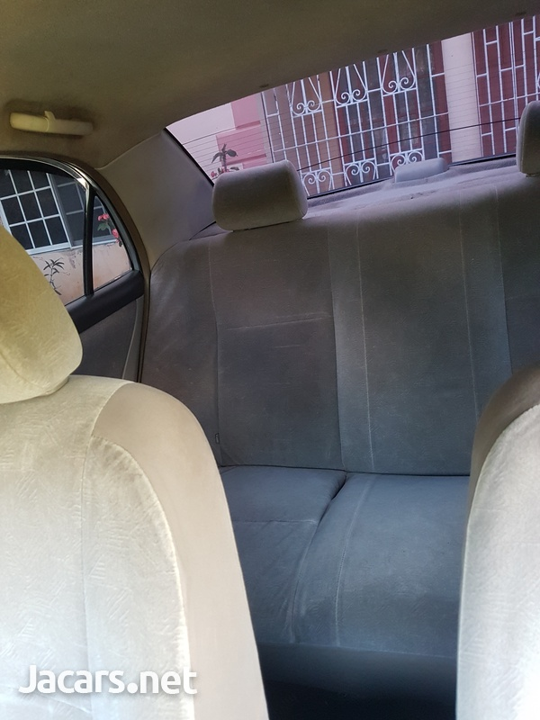 Toyota Corolla 1,5L 2001-4