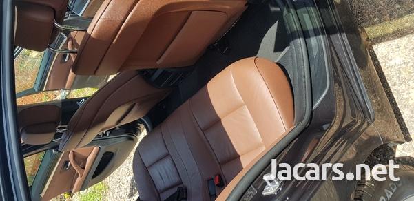 BMW 5-Series 3,0L 2013-7