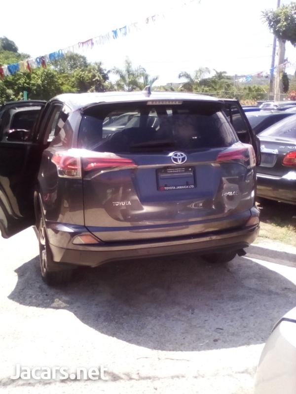 Toyota RAV4 2,0L 2017-4