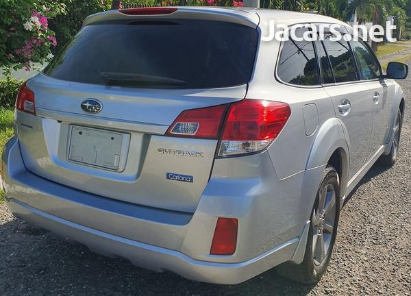 Subaru Outback 2,5L 2013-1