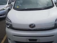 Toyota Voxy 2,1L 2013