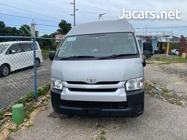 Toyota Hiace 2,0L 2014-1