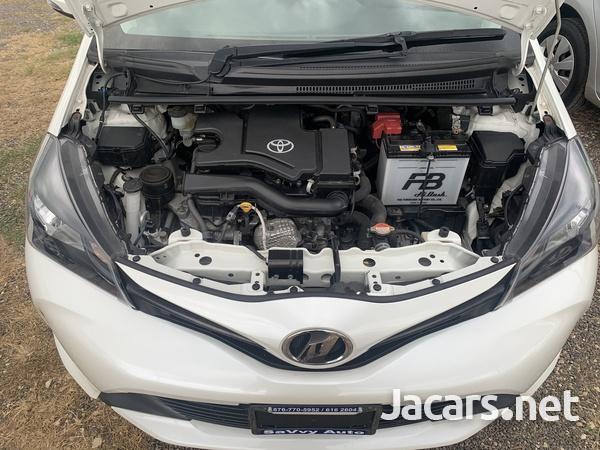 Toyota Vitz 1,0L 2016-9