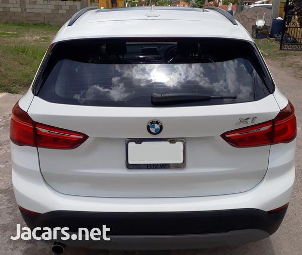 BMW X1 1,8L 2018-4