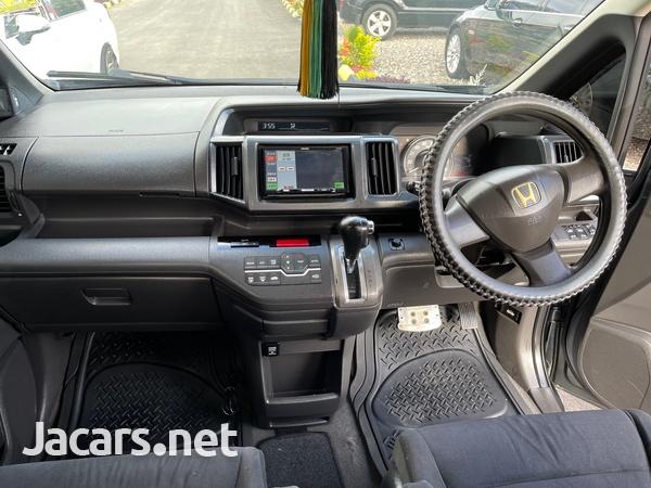 Honda Step wagon 2,0L 2010-8