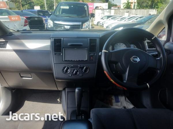 Nissan Tiida 1,6L 2011-4