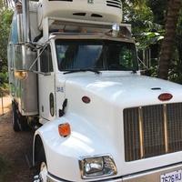 Perterbilt Truck