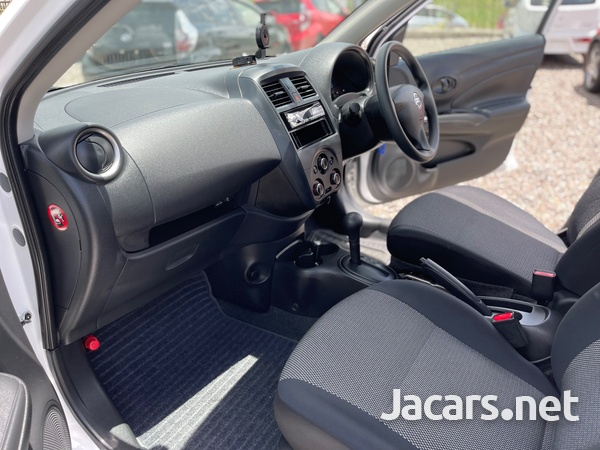 Nissan Latio 1,2L 2016-9
