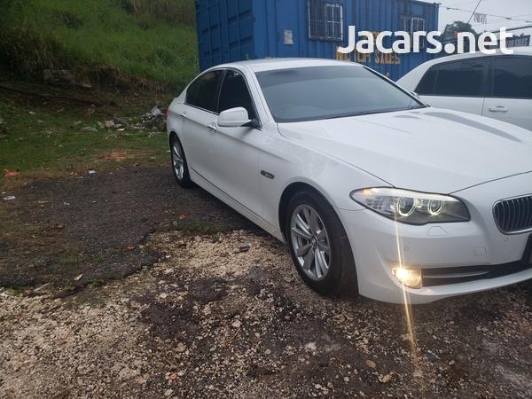 BMW 5-Series 2,5L 2013-11