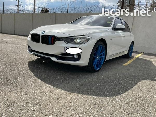 BMW 3-Series 2,0L 2013-7