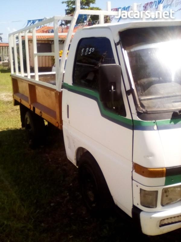 Isuzu Pick-up 2,5L 2003-4