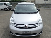 Toyota Isis 1,7L 2014