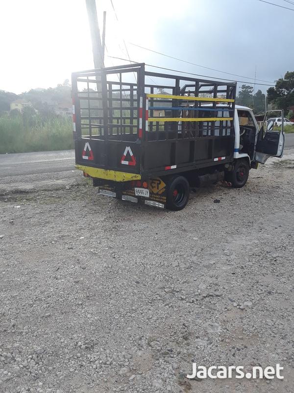 Working 1996 Dyna Truck-3