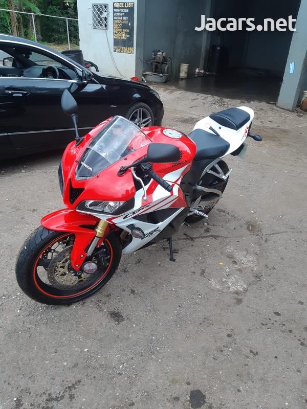 2012 Honda RR 600 Bike-1