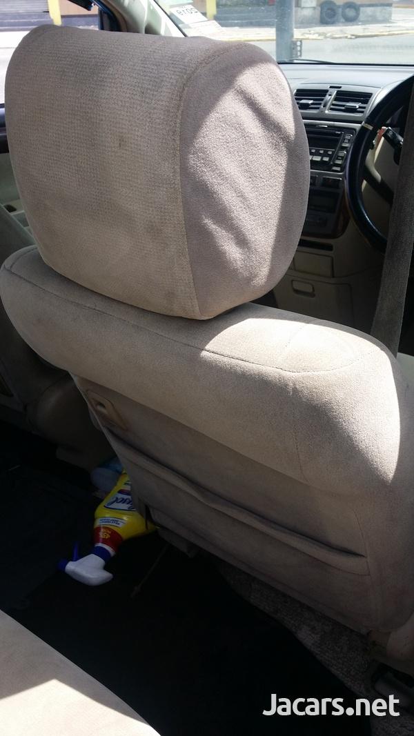 Toyota Ipsum 2,4L 2003-7