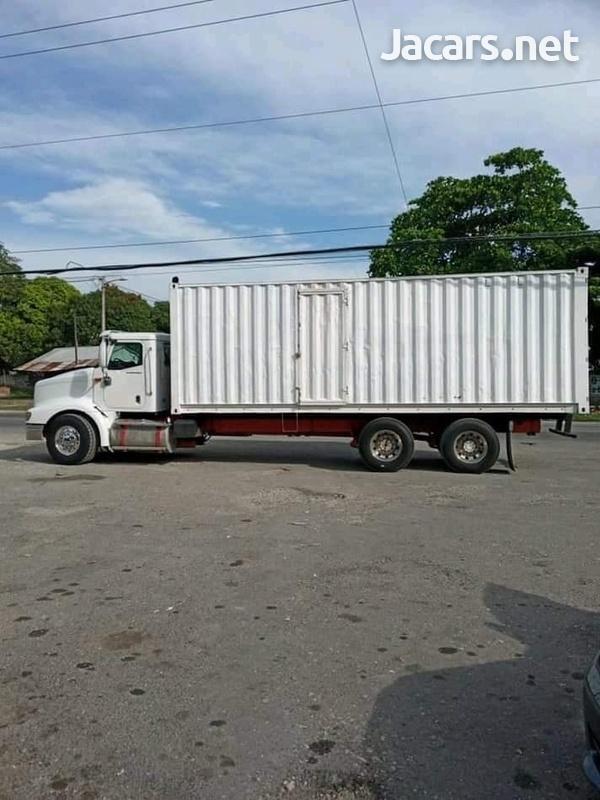2007 9200 Box Truck-1