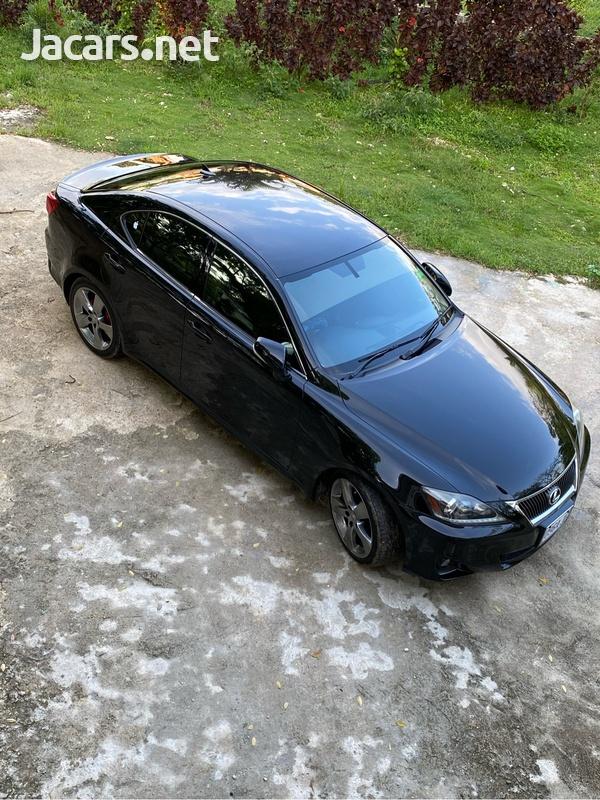Lexus IS 2,5L 2012-4