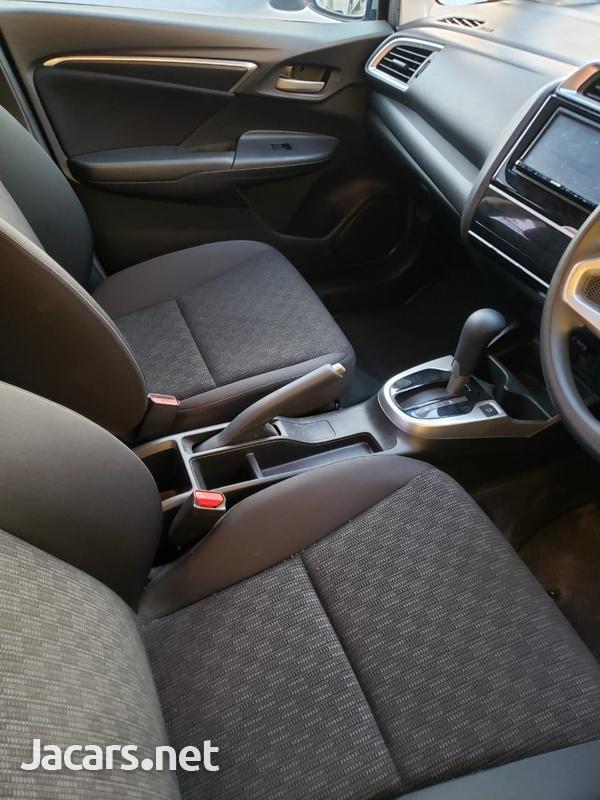 Honda Fit 1,5L 2016-8