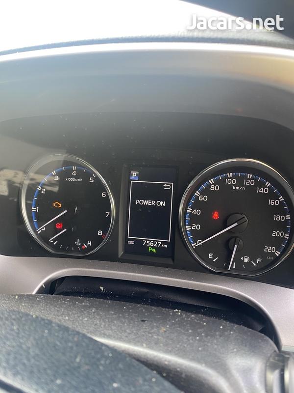 Toyota RAV4 2,0L 2018-5