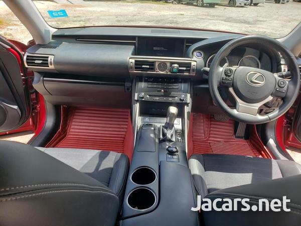 Lexus IS 2,5L 2014-7