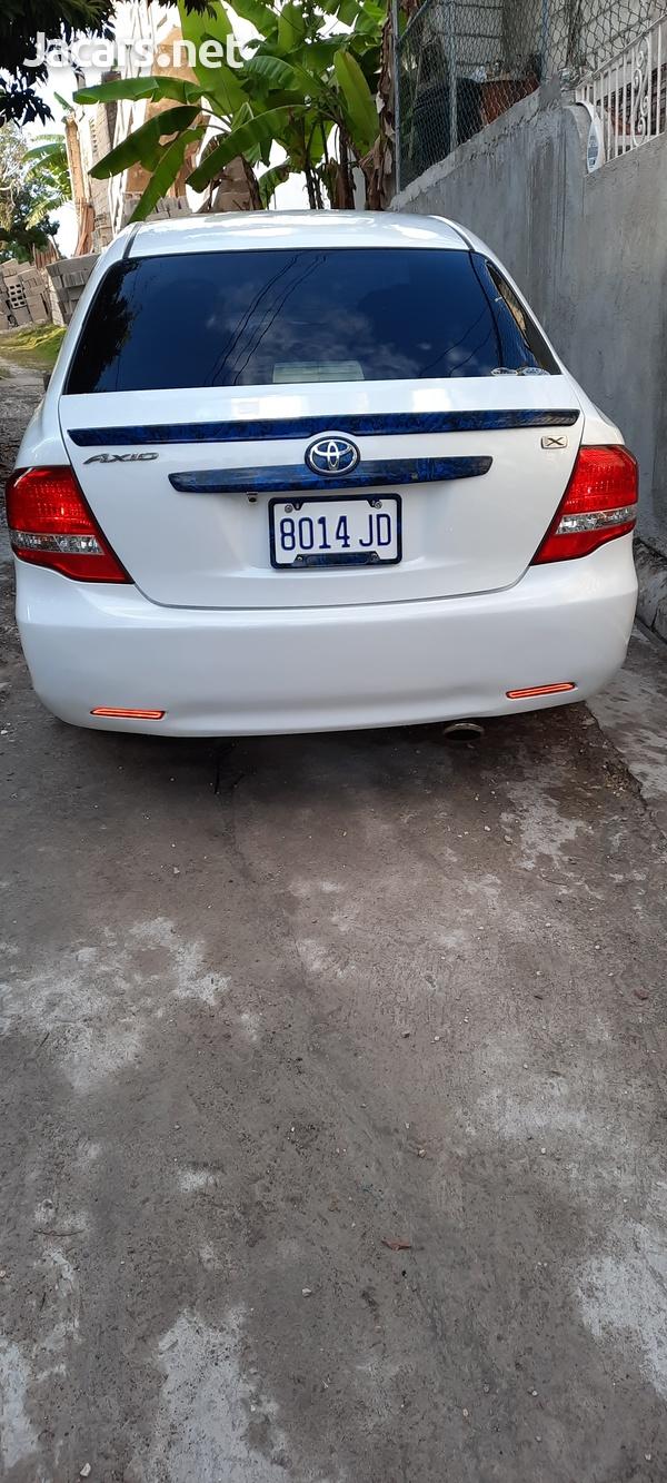 Toyota Axio 1,5L 2011-10